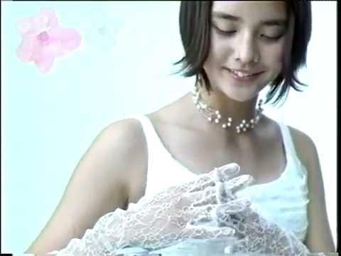ゼクシィのCMの加賀美セイラ