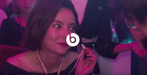 BeatsのCM7