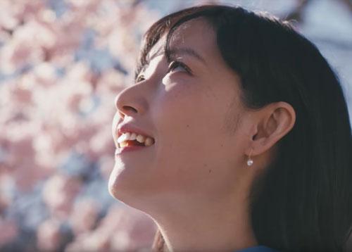 桜のスーパードライのCM2