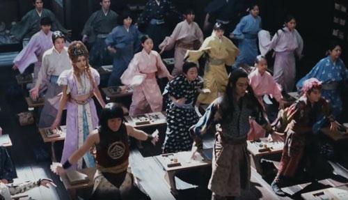 au三太郎ダンスのCM6