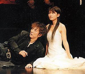 ハムレットの篠原涼子