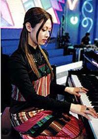 深田恭子のピアノ